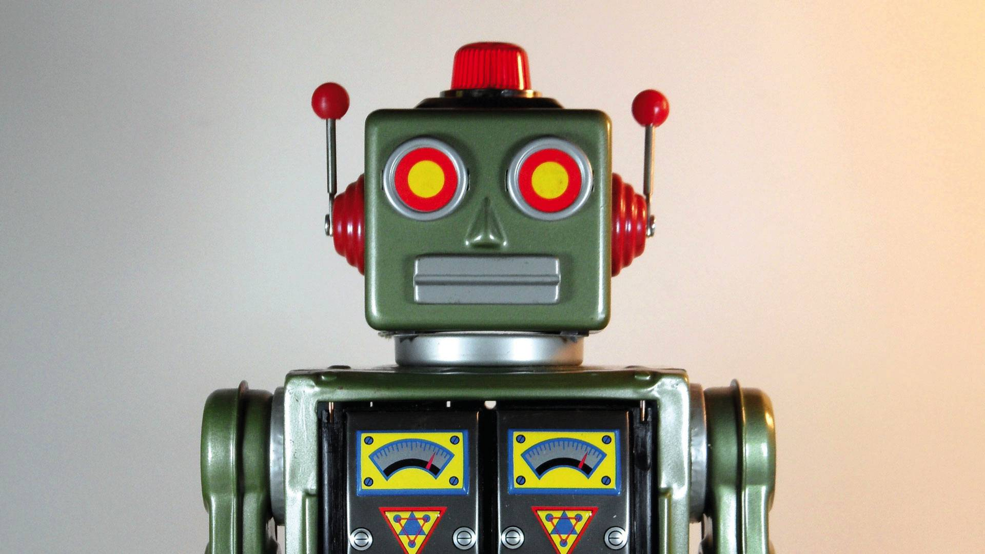 Will Robo-Advisors disrupt the $30 Trillion Wealth Management Industry?